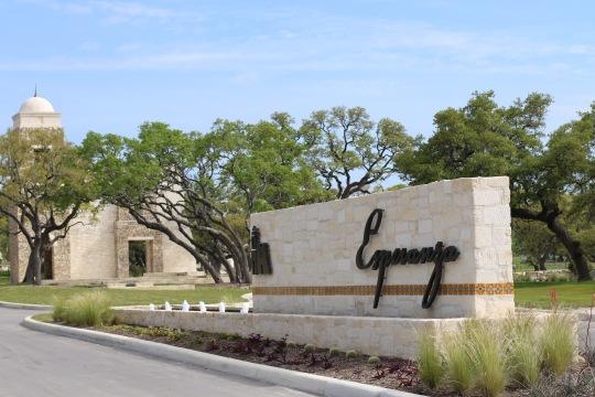 Esperanza Entry