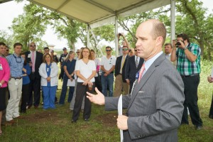 Cedar Park Regional Medical CEO Brad Holland describes Leander's newest medical facility and services it will provide.